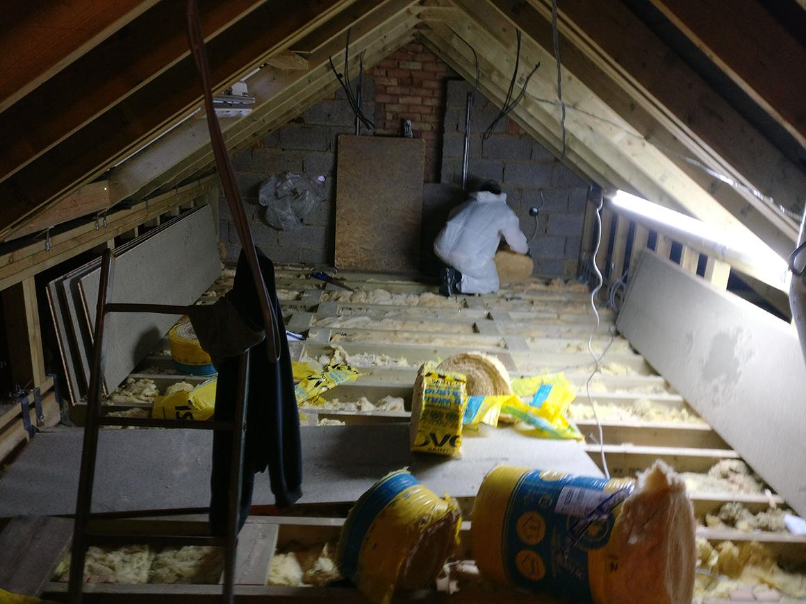 Beams installed with ashlar walls